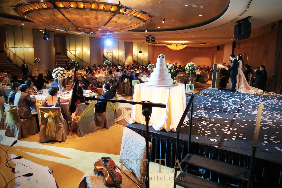 Budi & Cassandra's Wedding at Fullerton Hotel