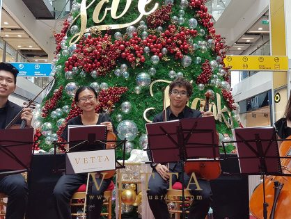 Christmas Performance at Clarke Quay