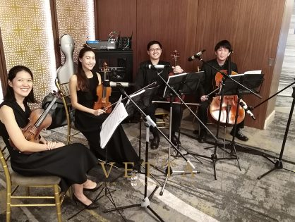 Chen Chung & Vanessa's Wedding at Mandarin Orchard Grand Ballroom Foyer